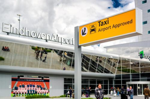 Taxi Eindhoven Airport € 55,-